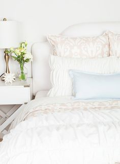 How To Make The Perfect Bed | #GlitterGuide