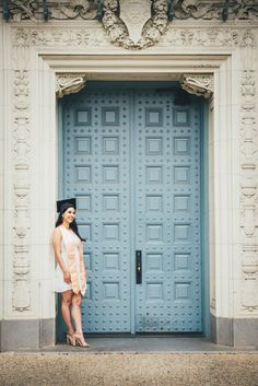 Professional Graduation Portraits for University of Texas, Texas State, Concordia and more. Graduation Cap Pictures, College Senior Pictures, Graduation Picture Poses, College Graduation Pictures, Graduation Portraits, Graduation Photography, Graduation Photoshoot, Grad Pics, Senior Pics