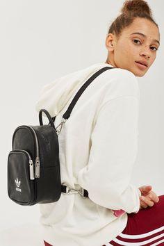 68e2fd023 37 mejores imágenes de Bolsos adidas | Adidas bags, Adidas backpack ...