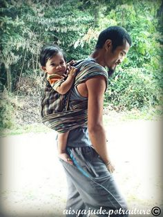 Babywearing dads