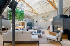 Amazing Loft Space in SoMa, San Francisco | HomeDSGN, a daily source for inspiration and fresh ideas on interior design and home decoration.