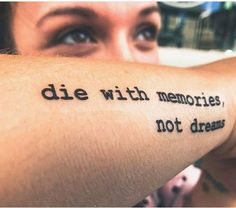 50 stunning and inspirational quote tattoos you& 50 atemberaubende und inspirierende Zitat-Tattoos, die Sie jedes Mal motivieren, … – Best Tattoos 50 stunning and inspiring quote tattoos to motivate you every time -
