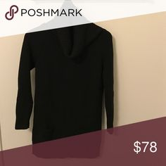 Vue 100% Wool Black Ribbed Sweater Made in Italy Vue Black Ribbed Wool Sweater With Cowl Neck and Pockets-Longer style (can be worn with leggings)-Chunky Ribbed Knit-Cowl Neck-Excellent Condition-Made in Italy-European size 42 (fits like a size small) Vue Sweaters Cowl & Turtlenecks