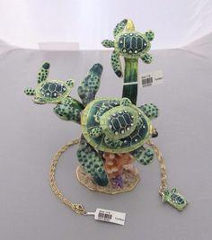 New Trinket Box Gift Crystals Skyscraper Sea Turtle Animal Necklace