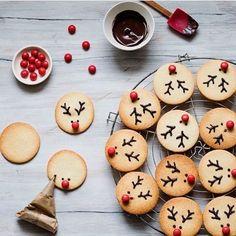 #christmas#christmastime#christmaseve#christmasspirit#christmasgifts#christmascookies#cookies#baking#santa#sweet#snø#snow#christmaslights#chocolate#jul#julabakst#julebaking#jul2016#kjeks#sjokolade#julegodt#advent#november#december#desember
