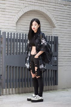 Best Edgy Outfits Part 4 Kpop Outfits, Edgy Outfits, Grunge Outfits, Fashion Outfits, Urban Outfits, Modest Fashion, Fashion Mode, Japan Fashion, Grunge Fashion
