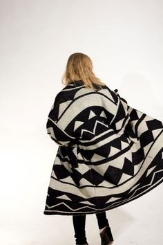 vintage GEOMETRIC sweatercoat // black & white LOVE