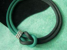 Ketten kurz - grün-schwarze Kordelkette - ein Designerstück von Patikreli bei DaWanda