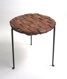 Recycled belt stool-