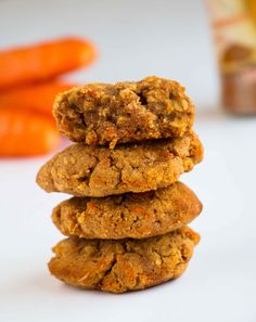 Healthy Cinnamon Carrot Cookies - Gluten-free, vegan cookies that are moist, delicious and easy to make. Made with fresh carrots, this healthy cookie recipe only takes a few minutes to whip up. Perfect as a snack or a treat. #cookierecipe #veganrecipe #healthycookie #glutenfree