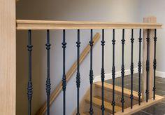 Smeedijzeren trapspijlen | houten leuning met sleutelgatprofiel | passie voor hout | www.meesterintrappen.nl