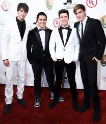 BIg Time Rush at the white house :)