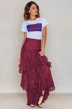 Get layered up in lace, honey! The Lace Layered Maxi Skirt by Trendyol comes in the color burgundy and features a lace maxi dress with an off-shoulder design, invisible zip fastening at the side and layered fabric with scalloped edges. Style with big hoop earrings and pumps.