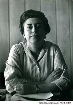 Rosario Castellanos, la primera en dar voz a quienes no la tenían: Dolores Castro