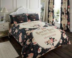 Iola black duvet cover from Available in single, double & king size. Plaid Bedding, Duvet Bedding Sets, Luxury Bedding Sets, Linen Bedding, Bed Linens, White Bedding, Turquoise Bedding, Damask Bedding, Vintage Bedding