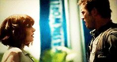 Pin for Later: The Best Film Kisses of 2015 Jurassic World He's brusque, she's cold, but somehow a dinosaur emergency propels Bryce Dallas Howard and Chris Pratt's characters right into each others' arms.