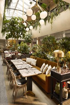 Les plus beaux restaurants deco a Paris : L'Alcazar par Laura Gonzalez 1 | AD Magazine