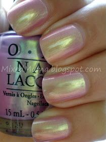 ❤️OPI Significant Other - lavender with green yellowish duo chrome, 2 coats