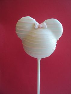 Minnie cake pop