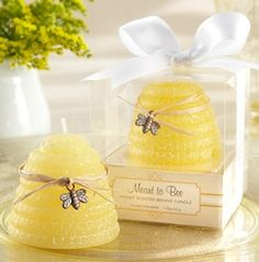 Adorable wedding favors. would go great with yellow bridesmaids dresses and country theme