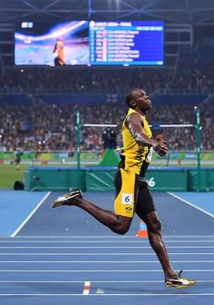 Jamaica's Usain Bolt celebrates after he won the Men's Final during the… Long Jump, High Jump, Usain Bolt, Rio 2016 Pictures, Sports Pictures, Jet Shoes, Triple Jump, Muscular Strength, Pole Vault