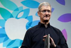 Apple CEO Tim Cook donating to HRC's gay rights campaign in Southern U.S.
