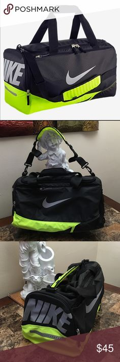 Nike max air duffle bag NEW Dimensions 24