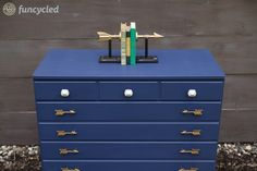 How to Modernize a Dresser #funcycled #repurposedfurniture #paintedfurniture #handmade http://funcycled.com/