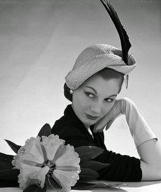 Image result for pin up des années 50