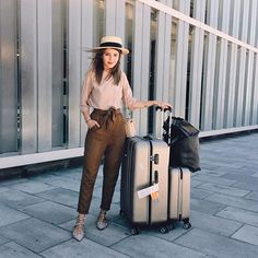 Looking for comfy and chic options for your summer travels? Check out my @seezona profile for inspiration ✈️✈️✈️ Buscando inspiración de looks cómodos y chic para viajar en verano? Algunas ideas en mi perfil de @seezona www.seezona.com #lovelypepa #lovelypepatravels #seezona