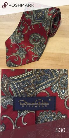 Vintage Oscar de la Renta Men's Tie 100% silk, vintage Oscar de la Renta, made in USA Oscar de la Renta Accessories Scarves & Wraps