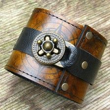 Mode Steampunk, Steampunk Fashion, Leather Accessories, Leather Jewelry, Metal Jewelry, Leather Cuffs, Leather Wallet, Leather Watches, Brown Leather