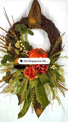 Diy Fall Wreath, Autumn Wreaths, Elegant Fall Wreaths, Thanksgiving Wreaths, Thanksgiving Decorations, Fall Swags, Easy Fall Crafts, Fall Flowers, Fall Flower Boxes