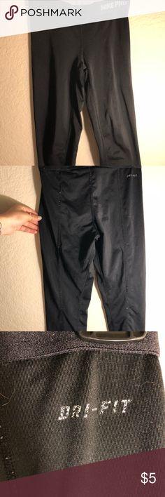 Cropped Nike pro leggings Worn- as shown in pictures. Still has life! -Nike pro/ dri-fit Nike Pants Leggings