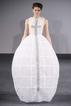 Sculptural Fashion - long white dress with cage skirt design, voluminous shape and exaggerated silhouette; 3D fashion // Clarisse Hieraix