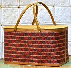 vintage picnic basket!