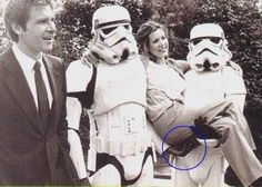 another pic of two patient troopers with really freak and unknown fans... #starwars #leia #stormtrooper #hansolo #fun
