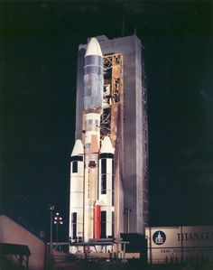 The Titan booster is a two-stage liquid-fueled rocket, with two additional… Space Tourism, Space Travel, Project Gemini, American Space, Space Probe, Space Rocket, Engin, Hubble Space Telescope, Space Program
