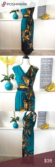 Floral Teal Maxi Dress Danny & Nicole Medium maxi elegant dress. Bust measures 19 inches laying flat not doubled and is 54 inches long. Excellent condition. Does not come with belt. Danny & Nicole Dresses Maxi