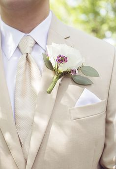 Cream and pink, khaki suit, summer groom // Gabrielle Cheikh Photography