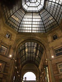 Milan, Italy | www.nuncaparasquieta.com | © Nunca Paras Quieta 2017 Milan Italy, Tower, Building, Travel, Viajes, Adventure, Traveling, Construction, Rook
