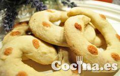 Roscas de alfajor: http://www.blogcocina.es/2012/04/12/receta-roscas-de-alfajor/