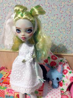 meet van custom ooak monster high venus doll by TheSleepyForest