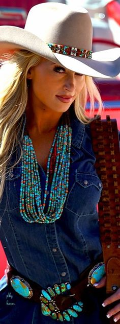 turquoise in the hatband, necklace & belt #Cowgirls