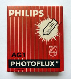 Vintage Philips photoflux AG1 Vintage Books, Vintage Items, Turning Pages, Vincent Van Gogh, Vintage Advertisements, Old And New, True Colors, Childhood, Advertising