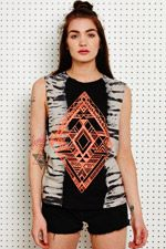 Truly Madly Deeply Trägershirt mit Rautenmuster bei Urban Outfitters