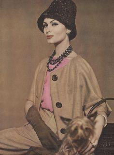 Vogue (01 May 1960)