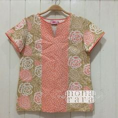 B90217 - IDR245.000 Bustline : 92cm Fabric: Batik Cap Cirebon