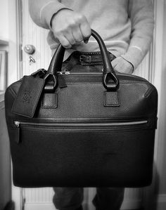 Dunhill Bladon Bag It was a long search but there is no doubt that when it comes to leather goods Dunhill do it well. Dunhill (UK)