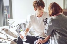 (Strong Woman Do Bong-soon) Park Hyung Sik And Park Bo-young Get Close In Latest Stills